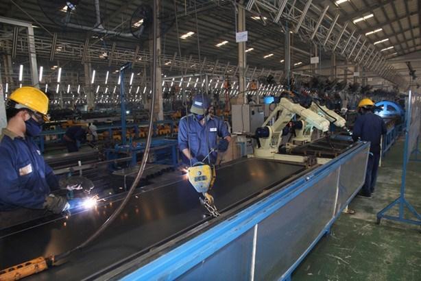 Indice de Produccion Industrial de Vietnam se redujo en febrero hinh anh 1