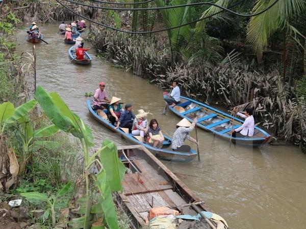 Refuerzan apoyo a empresas emprendedoras especializadas en turismo en la region del Mekong hinh anh 1
