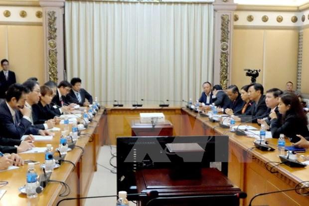 Empresas japonesas por cooperar con Ciudad Ho Chi Minh en desarrollo urbano hinh anh 1