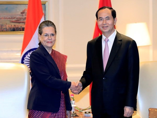 Presidente de Vietnam mantiene encuentros con dirigentes y funcionarios de la India hinh anh 1