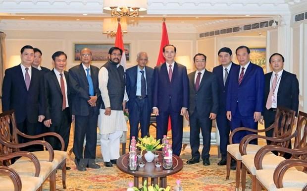 Presidente vietnamita recibe a dirigentes partidistas de la India hinh anh 1
