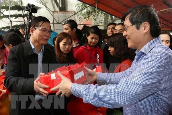 Celebran en Vietnam ritual dedicado al cielo y la tierra hinh anh 1