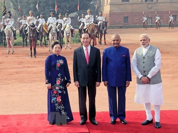 Vietnam e India trazan orientaciones de cooperacion bilateral hinh anh 1