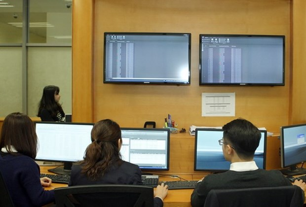 Alto valor de transaccion en mercado bursatil derivado vietnamita en febrero hinh anh 1