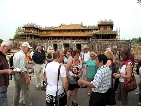 Ciudad Imperial de Hue registra alta llegada de turistas en primeros meses del ano hinh anh 1
