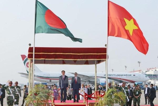 Prensa bangladesi aprecia visita de presidente de Vietnam hinh anh 1
