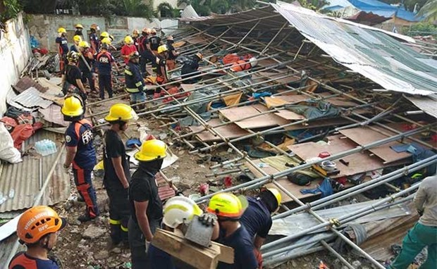 Filipinas: Derrumbe de edificio deja cinco muertos hinh anh 1