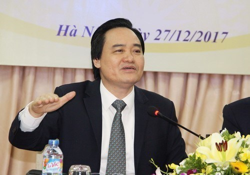 Vietnam espera apoyo del BM y el FMI para elevar la calidad de la educacion hinh anh 1
