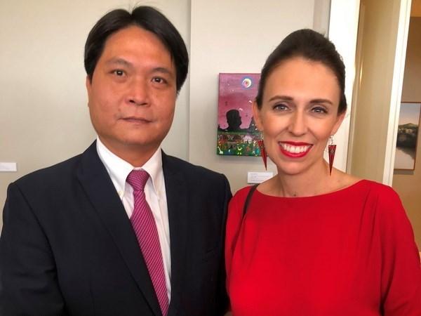 Visita de premier vietnamita a Nueva Zelanda: muestra de voluntad de fortalecer cooperacion multifacetica hinh anh 1
