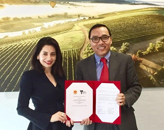 Firman acuerdo para reforzar nexos entre localidades vietnamitas y estado australiano de Victoria hinh anh 1