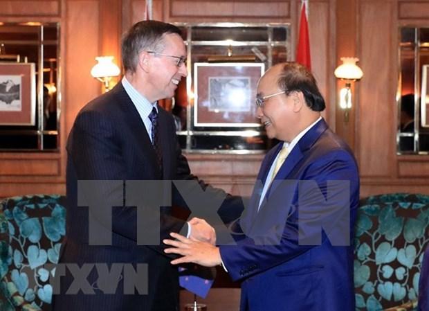 Premier vietnamita sostiene encuentros con gerentes de empresas neozelandesas hinh anh 1
