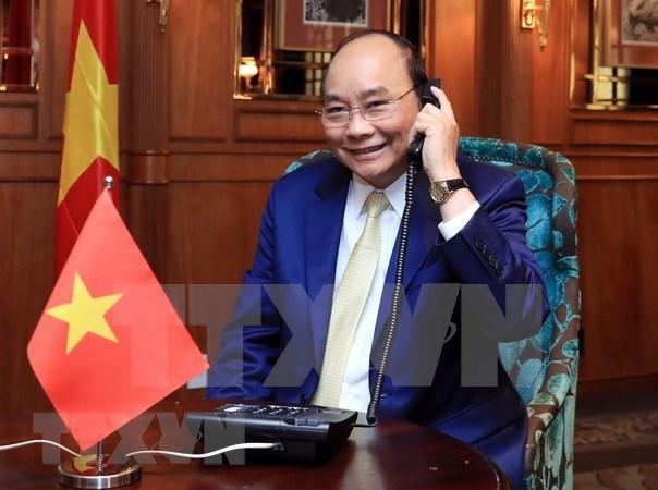 Premier de Vietnam sostiene conversacion telefonica con gobernadora de Nueva Zelanda hinh anh 1