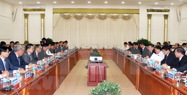 Ciudad Ho Chi Minh y Phnom Penh buscan consolidar cooperacion hinh anh 1