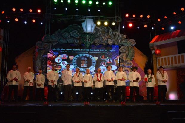 Chefs de ocho paises compiten en Festival de Gastronomia de Hoi An hinh anh 1