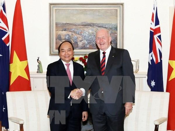 Premier vietnamita dialoga con Gobernador General de Australia hinh anh 1