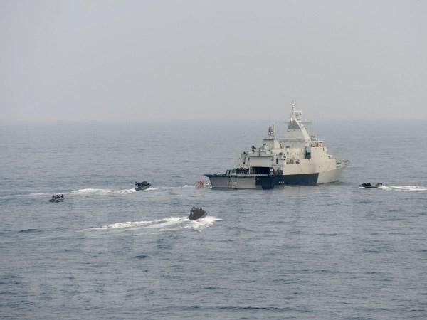 Indonesia insta a paises de ASEAN a aumentar patrullaje en Mar del Este hinh anh 1