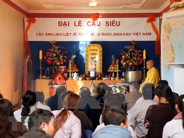 Vietnamitas en Berlin recuerdan a connacionales caidos en Gac Ma hinh anh 1