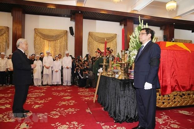 Inician acto funebre en memoria del exprimer ministro Pham Van Khai hinh anh 1