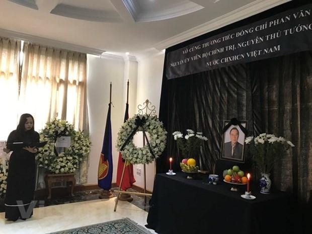 En numerosos paises actos en homenaje a Phan Van Khai hinh anh 1