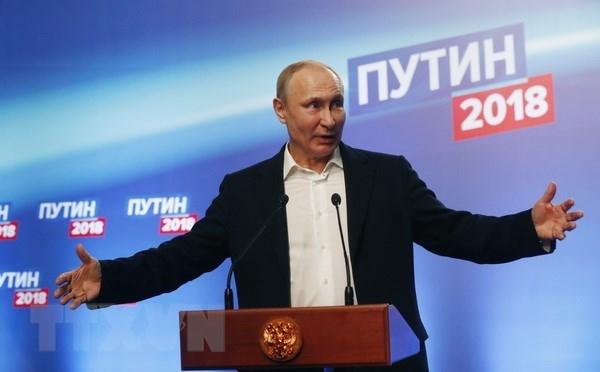 Presidente de Vietnam felicita a Vladimir Putin hinh anh 1