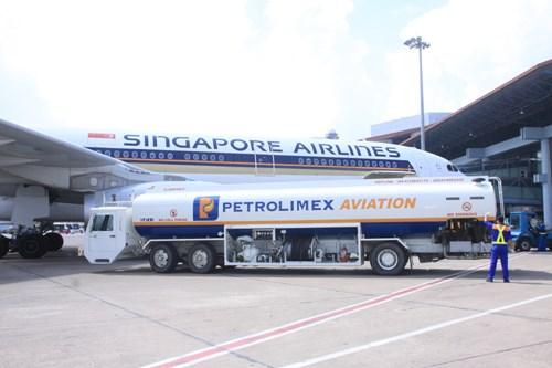 Empresa Petrolimex Aviation reconocida como la mejor marca vietnamita hinh anh 1