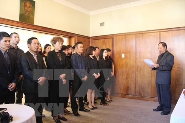 Continuan homenajes a expremier vietnamita Phan Van Khai en diversos paises hinh anh 1