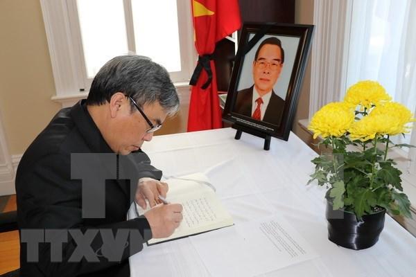 El mundo rinde tributo al expremier vietnamita Phan Van Khai hinh anh 1