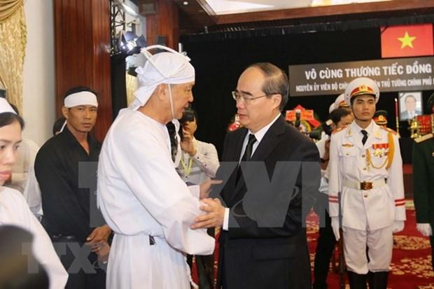 Continua en Vietnam homenaje postumo al expremier Phan Van Khai hinh anh 1