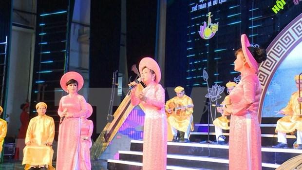 """Provincia vietnamita por preservar """"Don ca tai tu"""", patrimonio Cultural Inmaterial de la Humanidad hinh anh 1"""