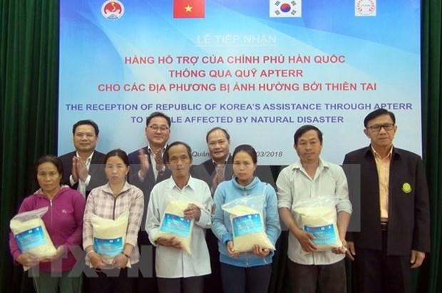 Sudcorea dona 10 mil toneladas de arroz a localidades vietnamitas afectadas de desastres naturales hinh anh 1