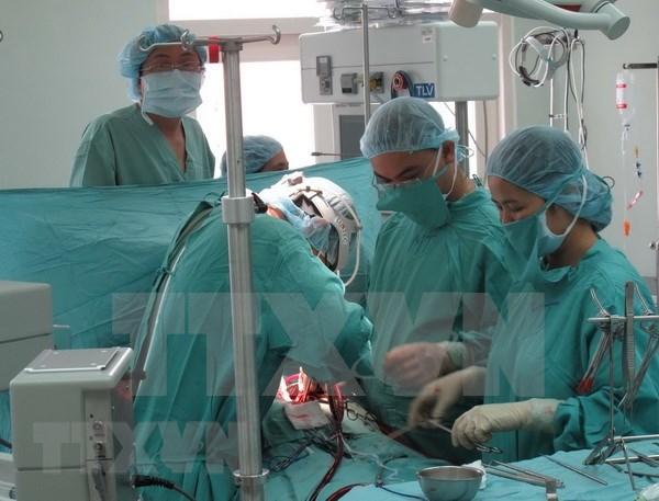 Tailandeses ofrecen donacion a pacientes con escasos recursos de Ciudad Ho Chi Minh hinh anh 1