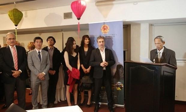 Vietnam y Argentina acuerdan promover cooperacion bilateral hinh anh 1