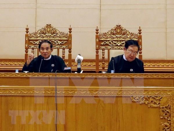 Presidenta del Parlamento vietnamita felicita al nuevo titular de la Camara Baja de Myanmar hinh anh 1
