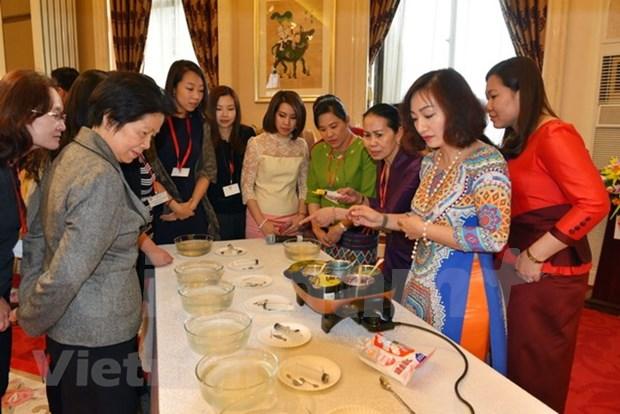Vietnam celebra en China encuentro de intercambio entre mujeres de ASEAN hinh anh 1
