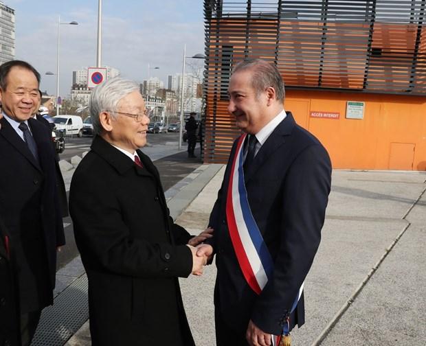 Efectuan en Paris recepcion a maximo dirigente partidista vietnamita hinh anh 1