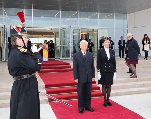 Secretario general del Partido Comunista de Vietnam inicia visita a Francia hinh anh 1
