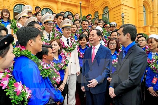 Presidente vietnamita recibe a jovenes destacados hinh anh 1