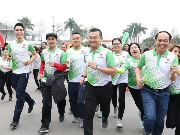 Carreras por salud en Vietnam atrajo nutrida participacion de pobladores hinh anh 1