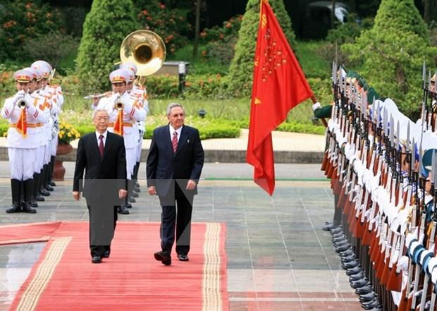 Visita de alto dirigente politico de Vietnam a Cuba impulsara relaciones bilaterales hinh anh 1