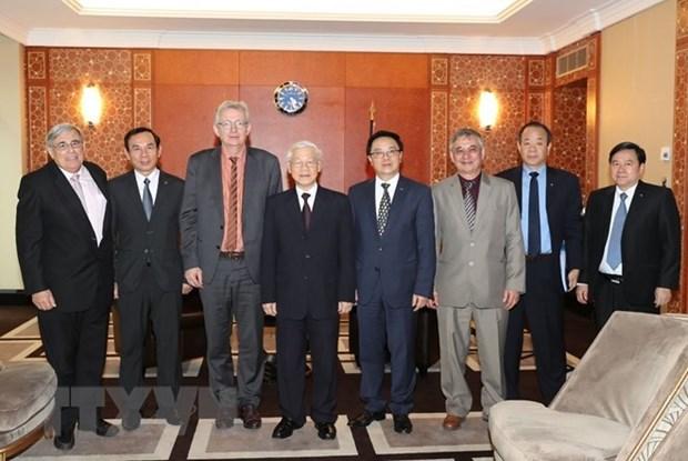Partido Comunista de Francia fortalecera solidaridad con Vietnam hinh anh 1