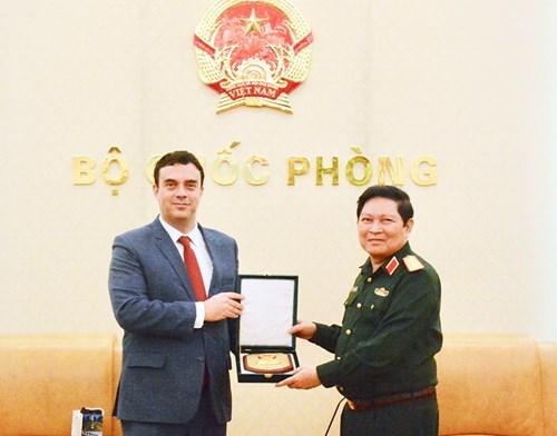 Embajador de Israel promete profundizar lazos con Vietnam en materia defensiva hinh anh 1
