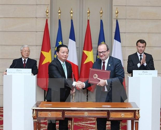 Dirigentes de Vietnam y Francia reiteran voluntad de fortalecer relaciones hinh anh 1