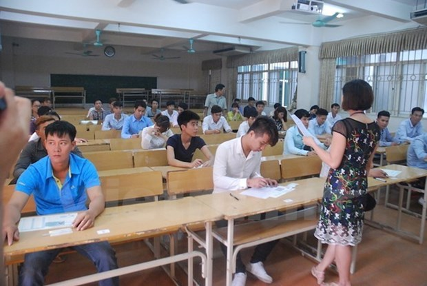 Vietnam consulta experiencias internacionales en desarrollo de educacion superior hinh anh 1