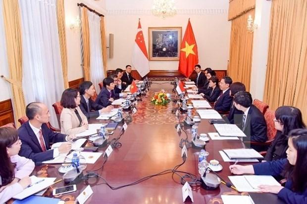 Vietnam y Singapur fomentan colaboracion multisectorial hinh anh 1