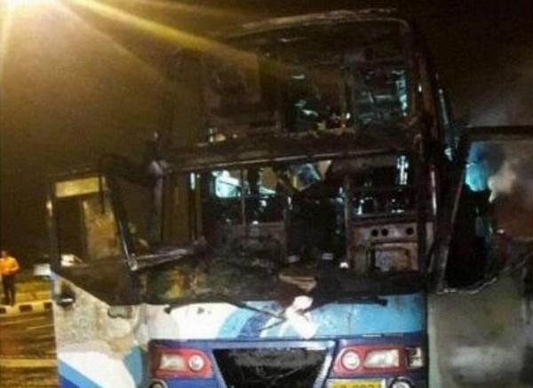 Accidente de bus en Tailandia deja al menos 20 muertos hinh anh 1