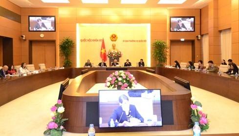 Parlamento vietnamita promete apoyo a empresas estadounidenses hinh anh 1