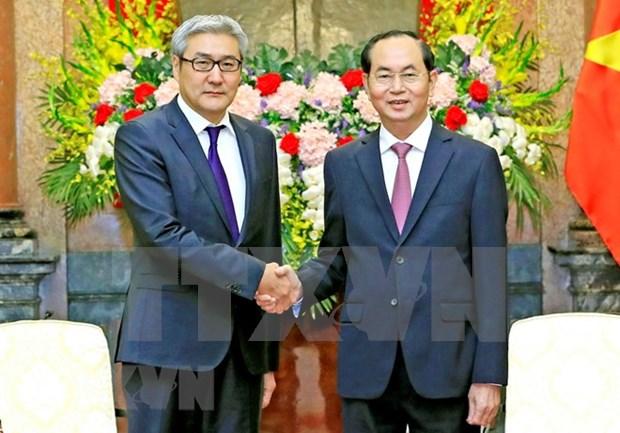 Presidente vietnamita resalta la amistad consolidada con Mongolia hinh anh 1