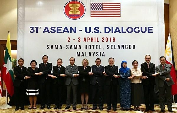 ASEAN y Estados Unidos reiteran importancia de sus nexos de asociacion estrategica hinh anh 1