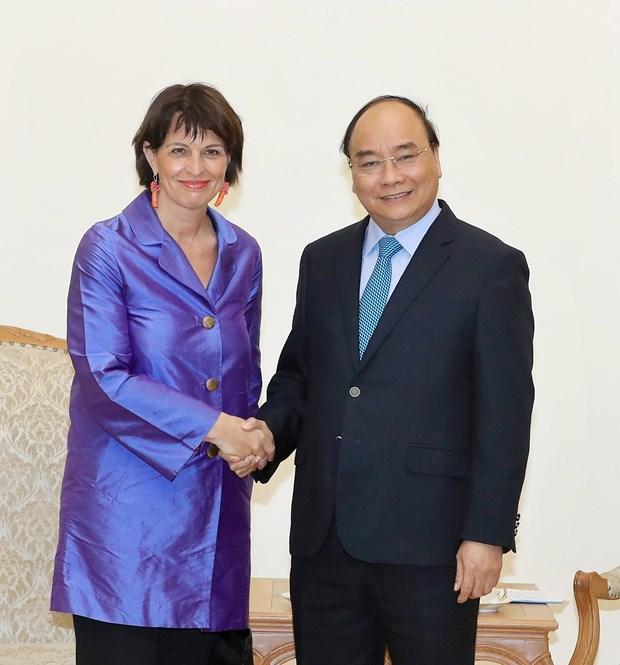 Premier vietnamita llama a impulsar nexos comerciales con Suiza hinh anh 1