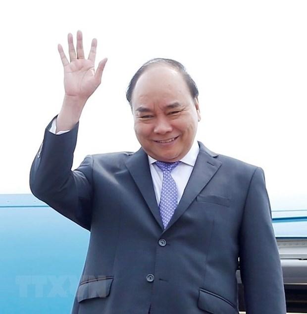 Premier vietnamita llega a Camboya para reunion de alto nivel sobre el Mekong hinh anh 1